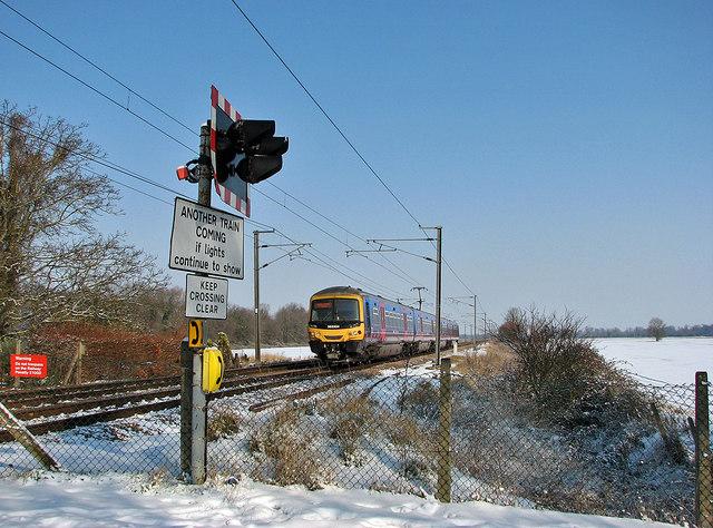 Kings Cross train at Milton Fen Crossing