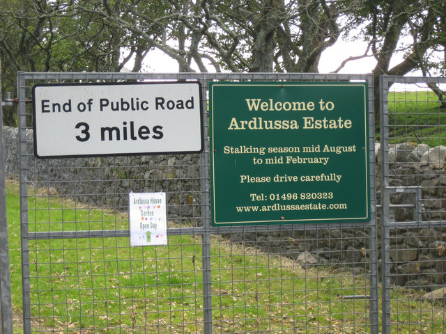 Entrance to the Ardlussa Estate