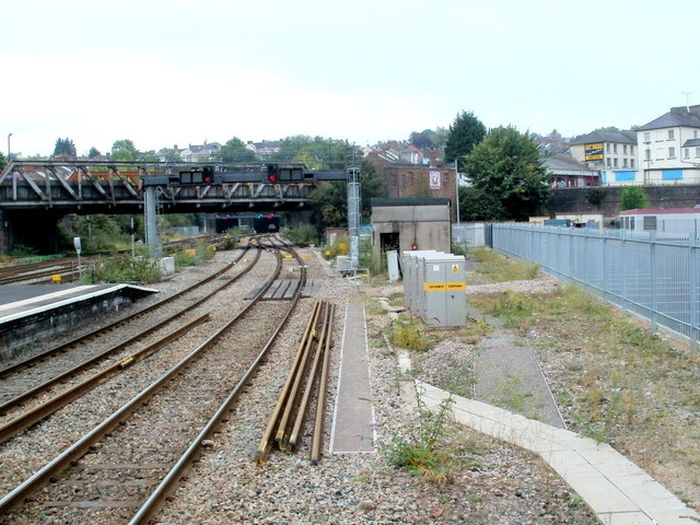 Newport railway tunnels viewed from platform 4