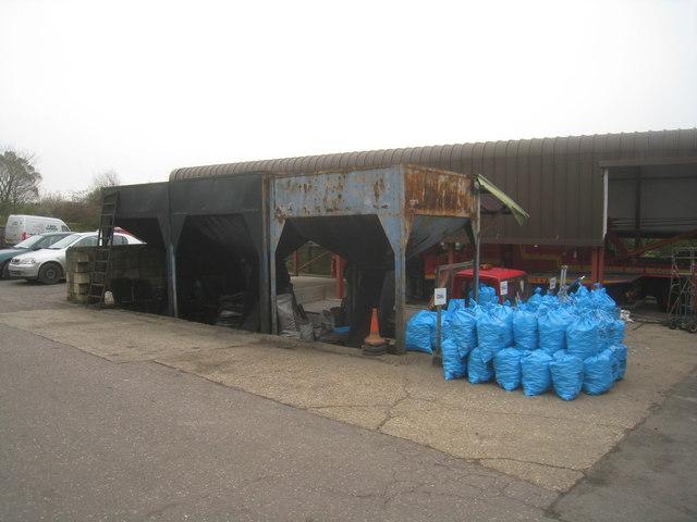 Coal hoppers - Baker Yard, Oakley