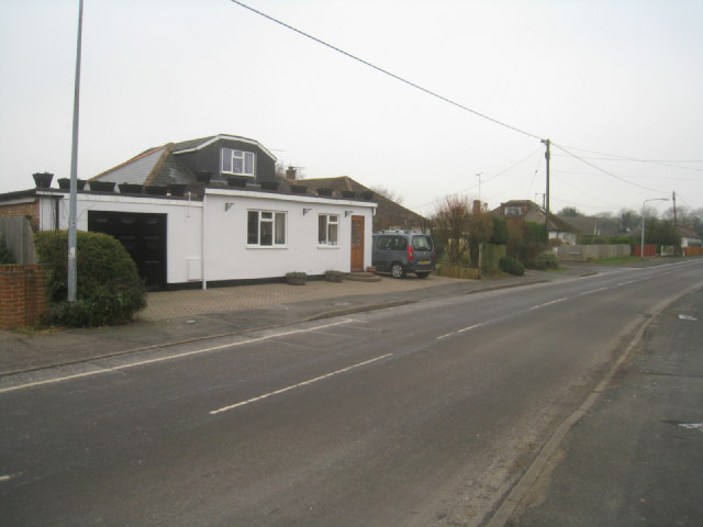 Housing in Hill Road