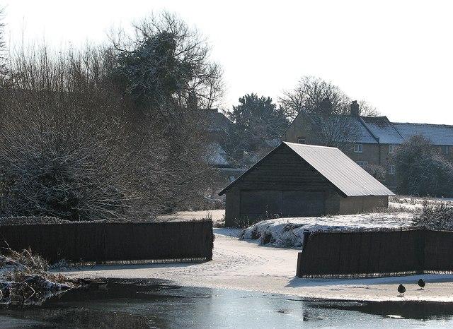 Fen Ditton: frozen inlet