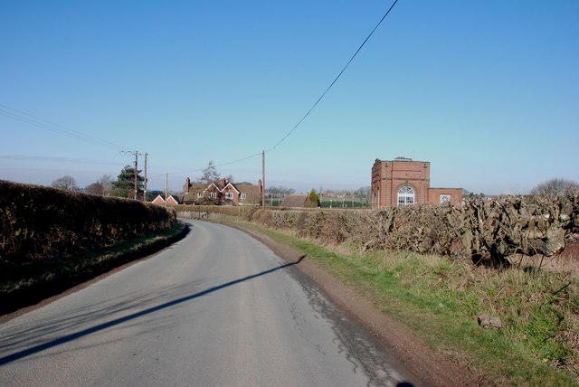 Sandhills Pumping Station with Staff Housing on Cartersfield Lane