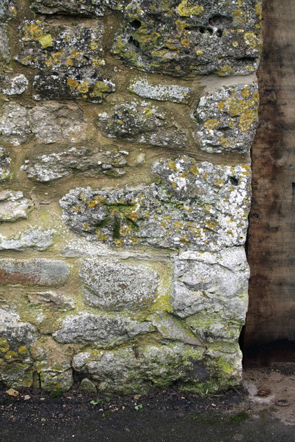 Benchmark on wall of Stanford House Farm