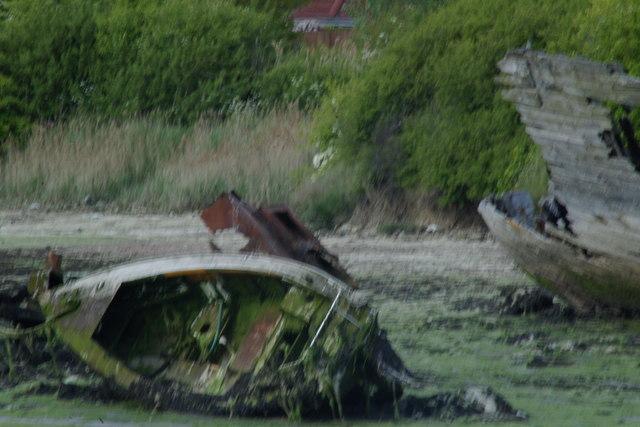 Wrecked leisure boat, Forton Lake