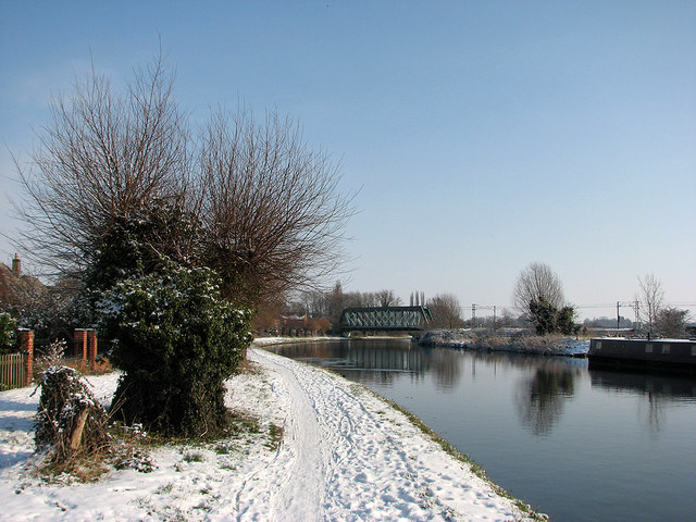 Footpath, river and railway