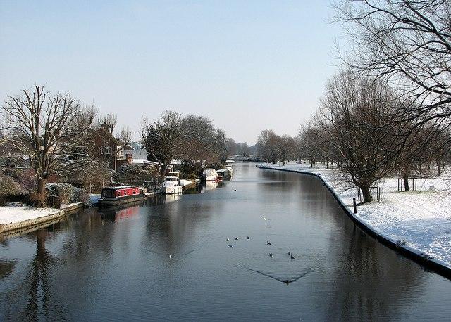 Chesterton: downstream from Green Dragon Bridge