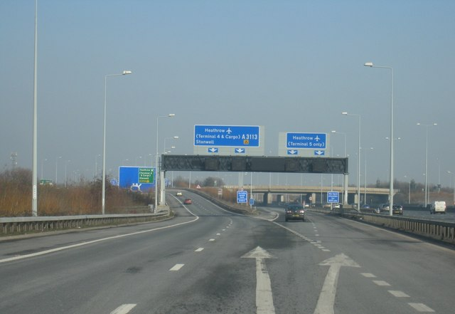 M25, junction 14, slip road for Terminal 5