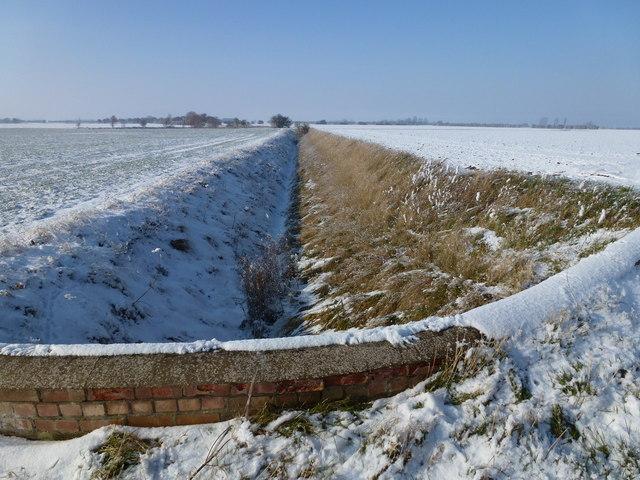 Winter snow near Holbeach St Matthew