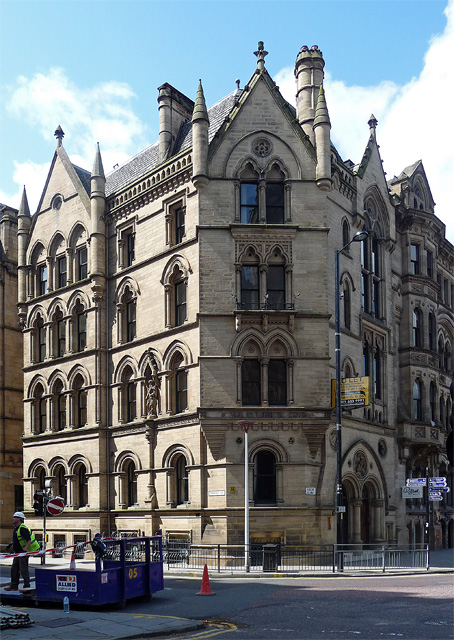 20-21 Albert Square, Manchester