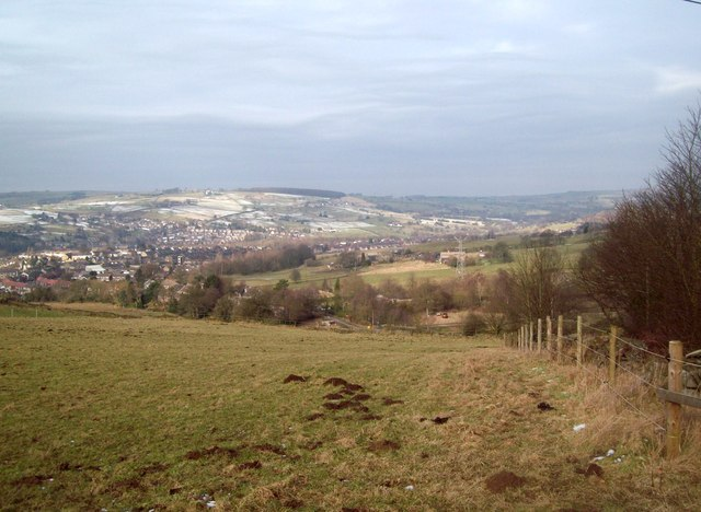 Overlooking Low Leighton from Laneside Road