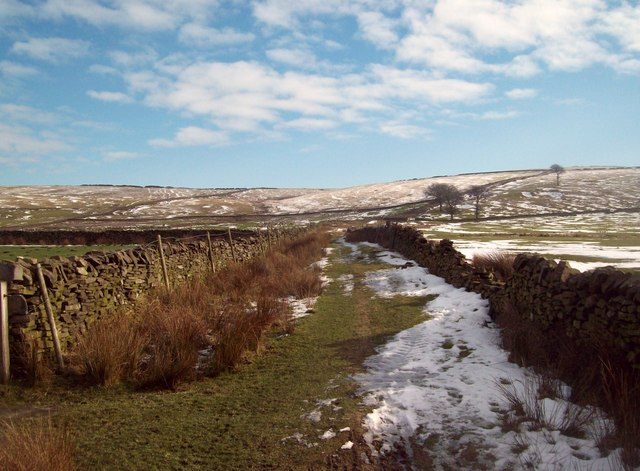 Bridleway to the East of Laneside Road