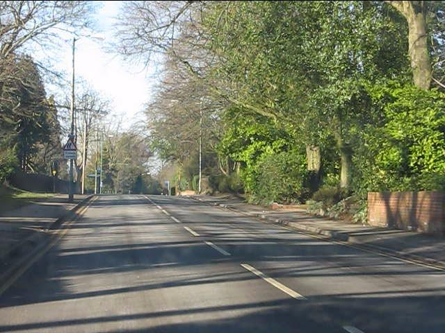 Solihull - Warwick Road nearing Ashleigh Road