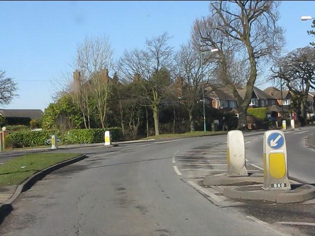 Prospect Lane turns north