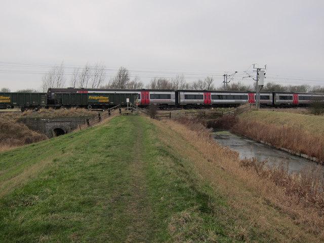 Railway over Braham Dock drain