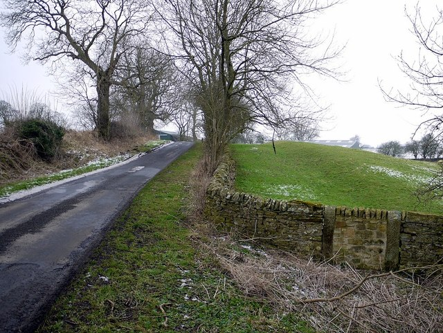 Dark Lane near Sweet Hill