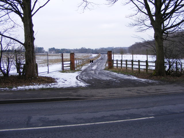 Bridgnorth Road Drive