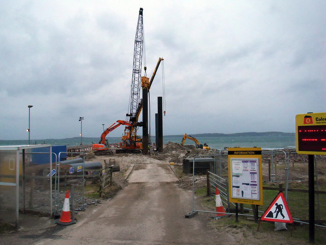 Work on the New Pier Goes On