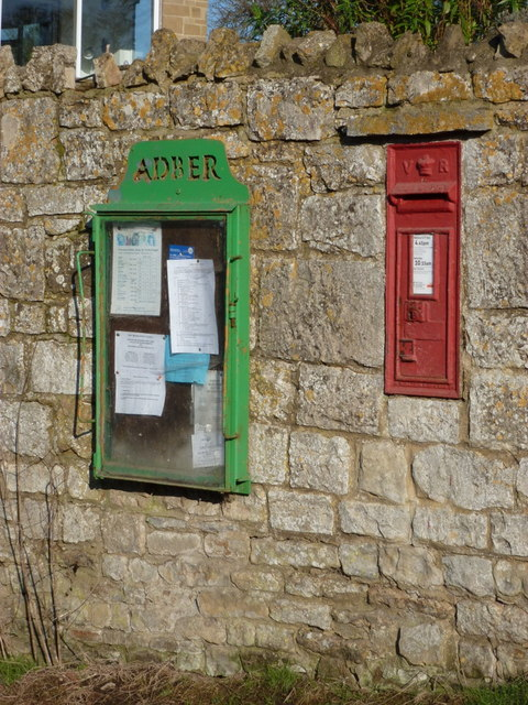 Adber: postbox № DT9 23 and noticeboard