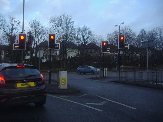 Spur Road at the junction of Court Road