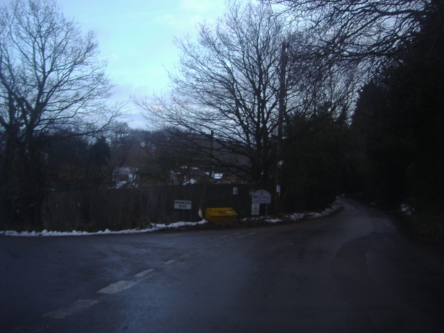 Well Hill at the junction of Firmingers Road