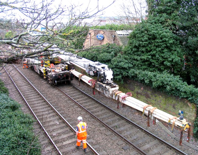 Rail Action at Oakham 05:Crane jib