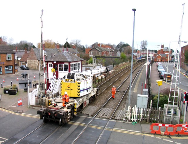 Rail Action at Oakham 04:Crane crossing crossing