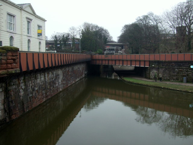 Bridge 123k  Chester Canal