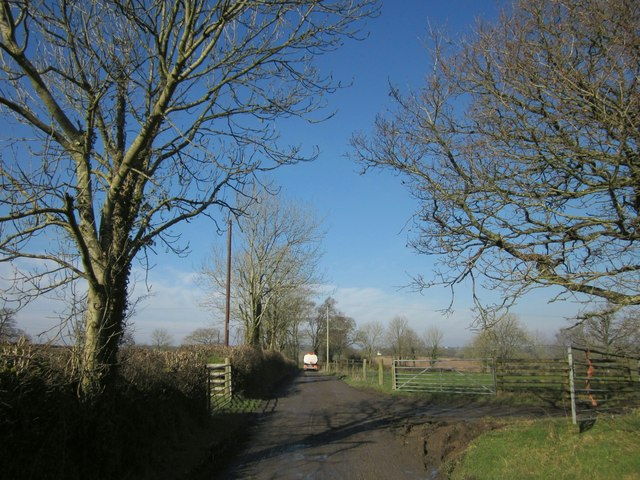 Farm road, Rexton