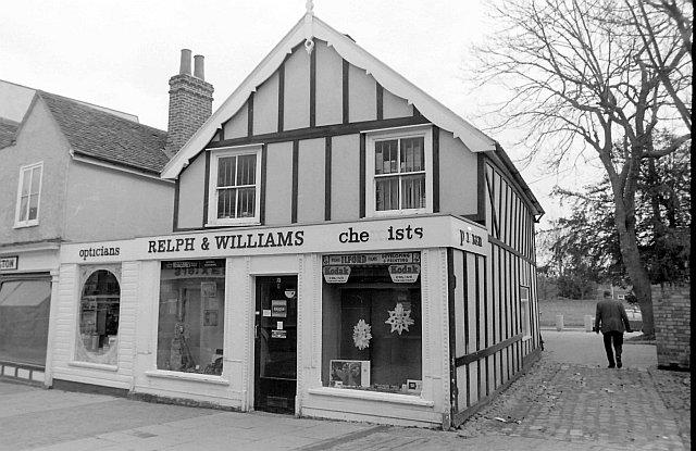 Relph & Williams, High Street