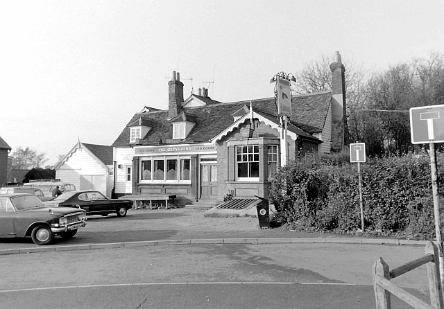 The Greyhound, Netteswell Cross