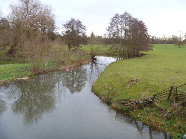 Gently flows the Stour [2]
