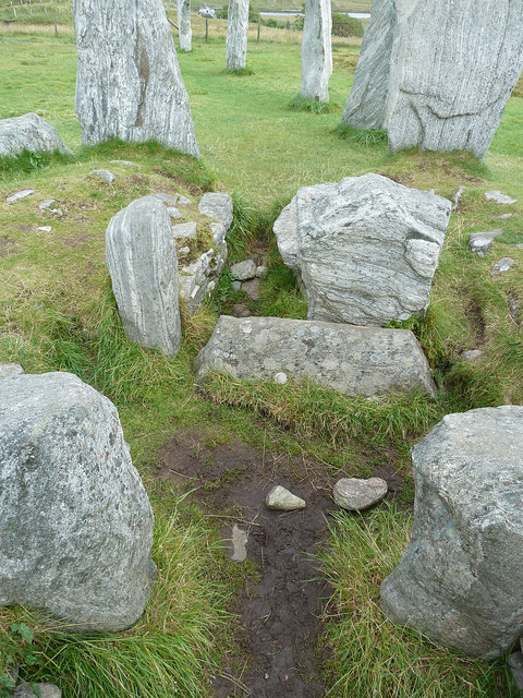 Calanais / Callanish I - Opened Tomb