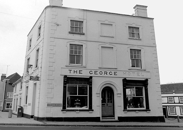 The George, Station Road