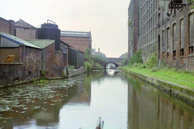 Ashton-under-Lyne Canal, 1990