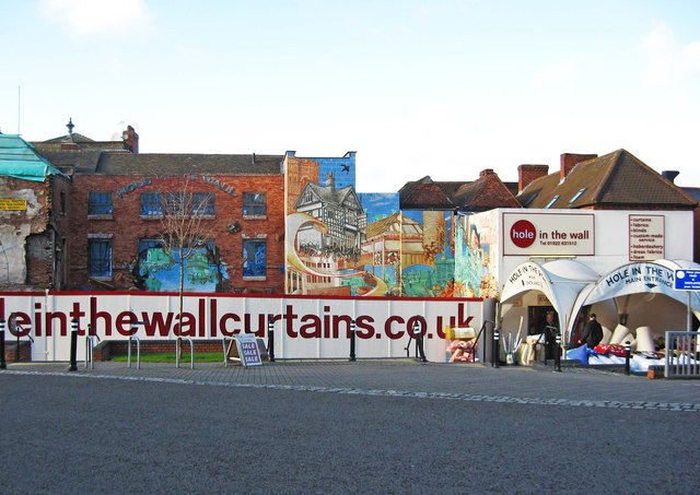 Mural on Hole in the Wall, Upper Rushall Street, Walsall