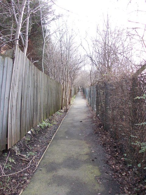 Footpath - Whitehall Road West to Hunsworth Lane