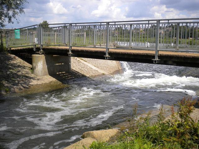 Bridge over a Dis-tributary