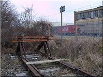 SU1686 : Buffers, disused GWR Highworth branch line, Swindon by Vieve Forward