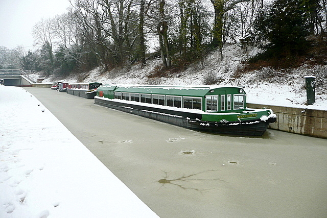Canal Trust fleet in snow and ice