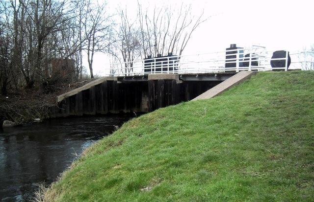 Footbridge and Sluicegate