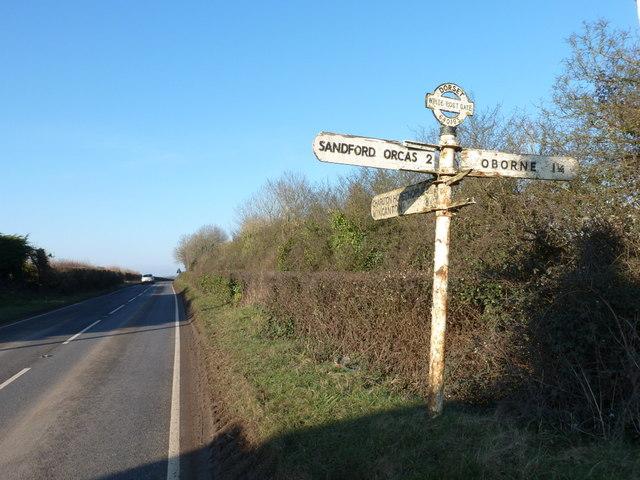 Oborne: finger-post at White Post Gate