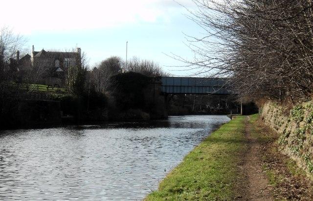 Knottingley canal and A645  road bridge
