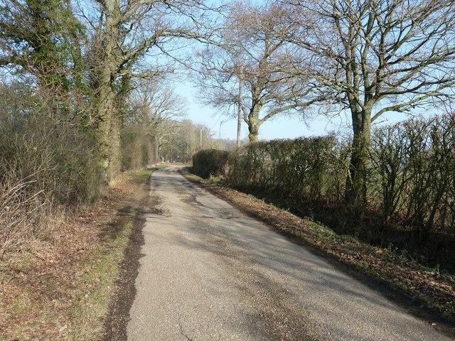 Sake Ride Lane approaching Blacklands Farm