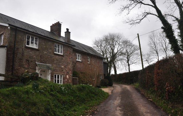 Mid Devon : House & Road