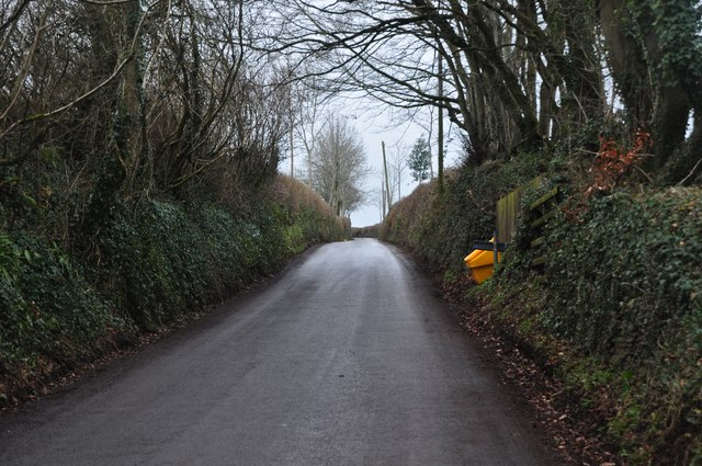 Tracebridge : Country Road