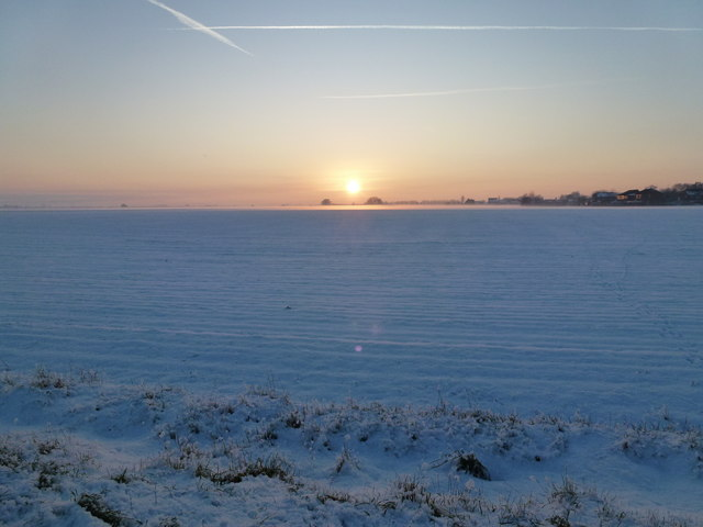 Snow and sunset - Silver's Lane, Parson Drove