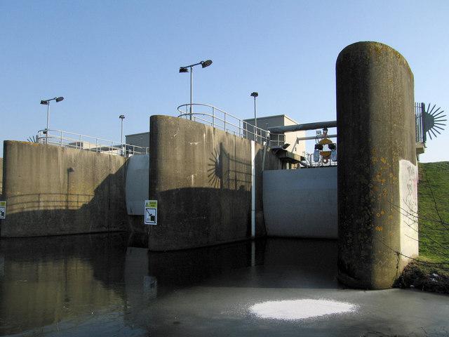 Flood Barrier for Tonbridge