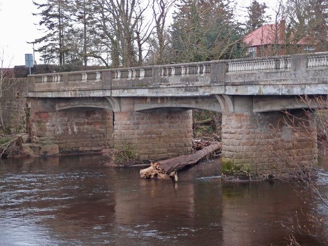 Tarholm Bridge and the River Ayr