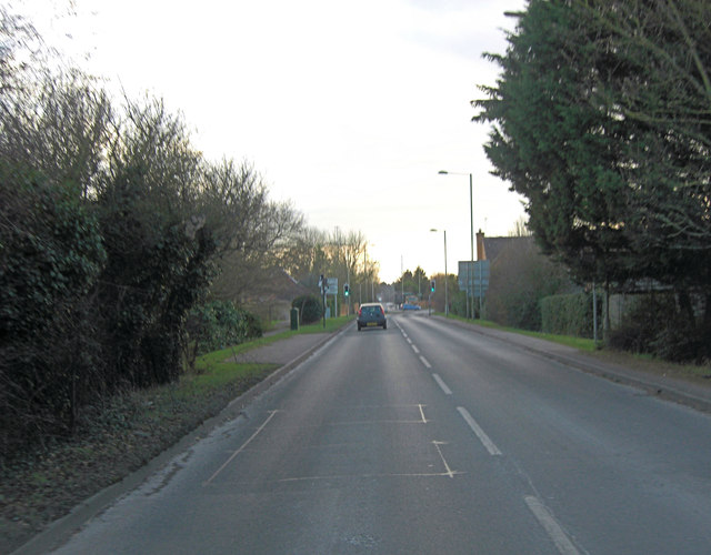 A4130 junction with Trent Road